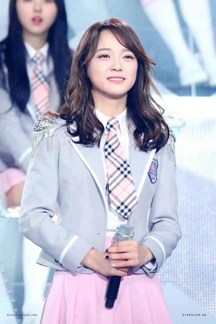 Kim Se Jeong (I.O.I): Từ Á quân 'Produce 101' đến con ghẻ quốc dân vì làm điều dại dột này - Ảnh 5