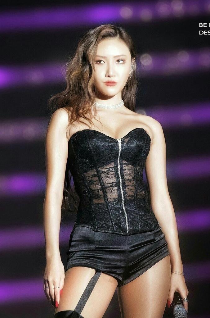 Nếu chung một lớp, những girlgroup Kpop sẽ là mẫu nữ sinh nào? - Ảnh 10