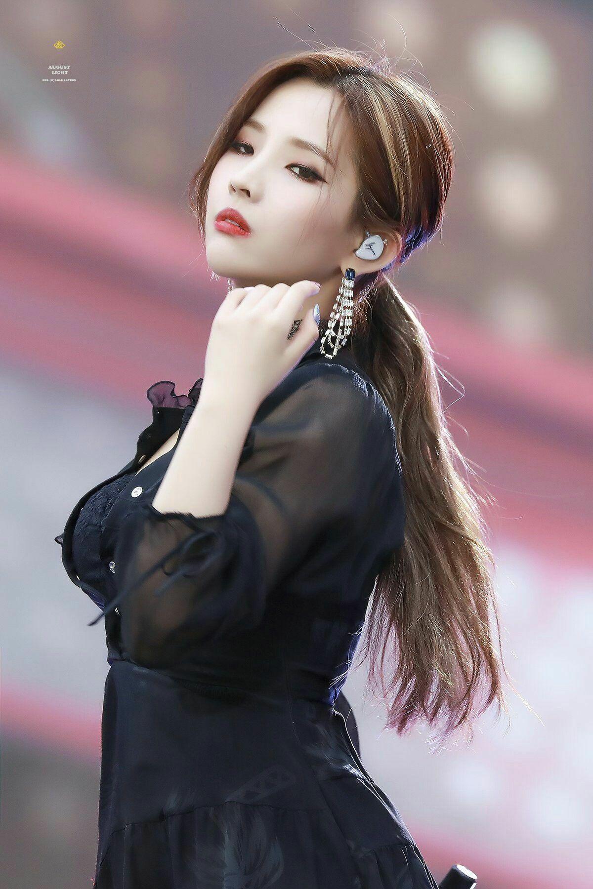Nếu chung một lớp, những girlgroup Kpop sẽ là mẫu nữ sinh nào? - Ảnh 18