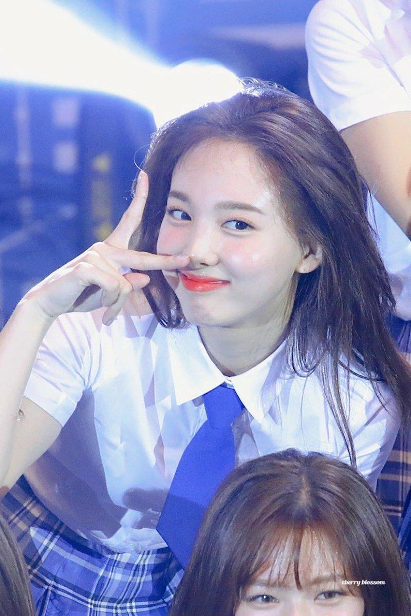 Nếu chung một lớp, những girlgroup Kpop sẽ là mẫu nữ sinh nào? - Ảnh 2