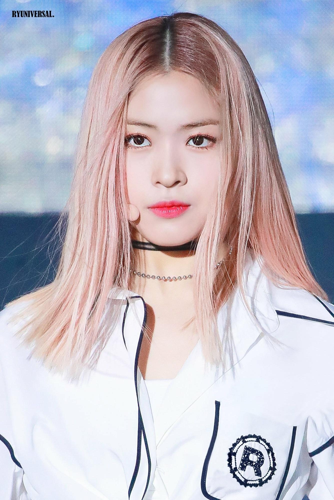 Nếu chung một lớp, những girlgroup Kpop sẽ là mẫu nữ sinh nào? - Ảnh 20