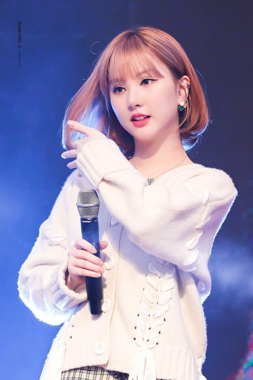 Nếu chung một lớp, những girlgroup Kpop sẽ là mẫu nữ sinh nào? - Ảnh 22