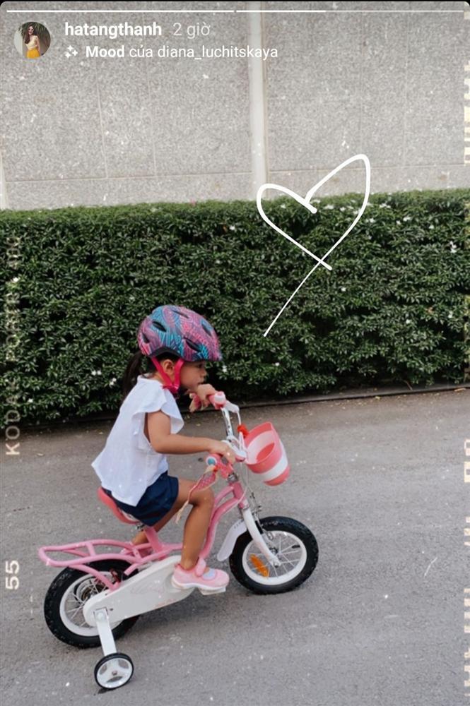 Tăng Thanh Hà khoe ái nữ 3 tuổi, dân mạng thích thú với gương mặt lém lỉnh - Ảnh 1