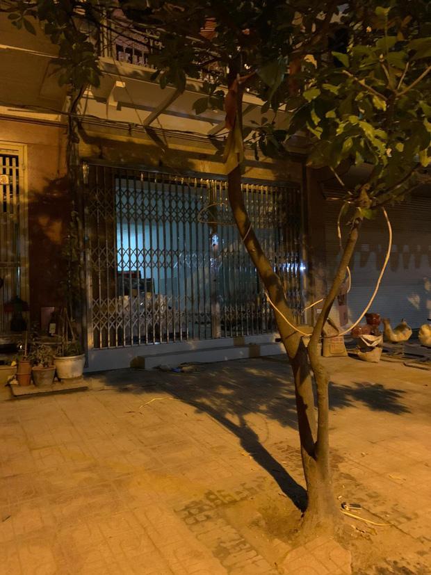Hà Nội: Chủ thầu bị ròng rọc thang máy thắt trúng cổ, tử vong tại chỗ - Ảnh 1