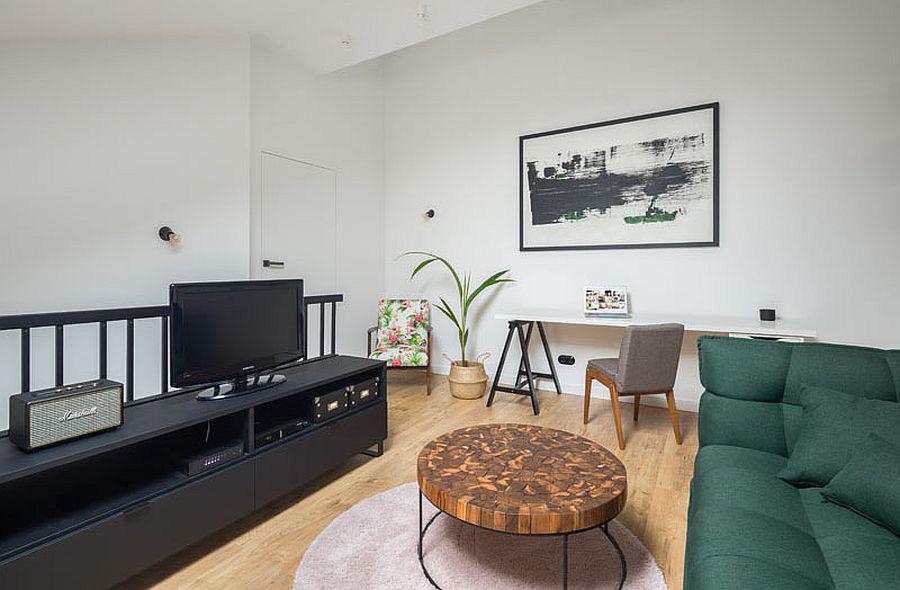 Căn hộ nhỏ xíu cực xinh xắn với tầng lửng màu đen và trắng ấn tượng - Ảnh 7