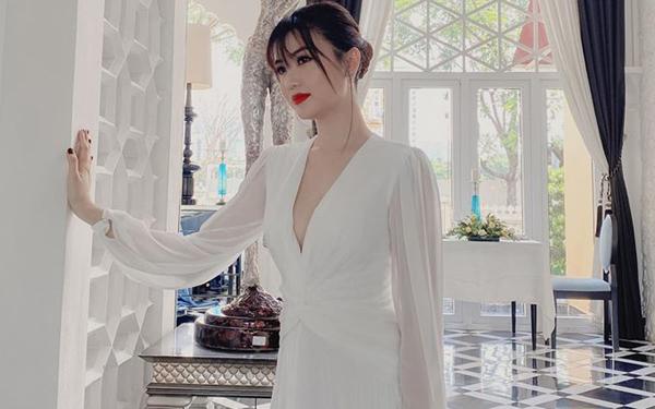 Nghi vấn 'nữ hoàng sắc đẹp' Ngọc Duyên ly hôn chồng đại gia hơn 18 tuổi - Ảnh 1