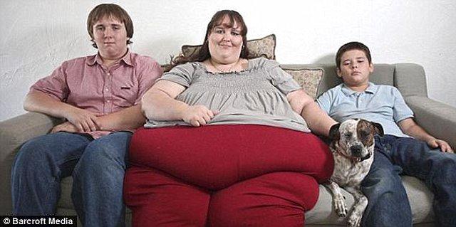 Người phụ nữ nặng 272 kg từng bị chồng sắp cưới ruồng bỏ vì dám giảm cân - Ảnh 2