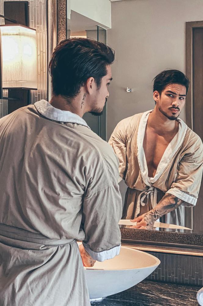 Hai anh em Việt kiều Đức trong tập 4 'Người Ấy Là Ai': Trai đẹp có body 'cực phẩm'! - Ảnh 4
