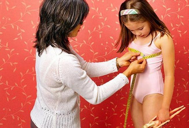 Bé gái 6 tuổi đã có kinh nguyệt: Chuyên gia chỉ rõ những sai lầm của các bà mẹ - Ảnh 2