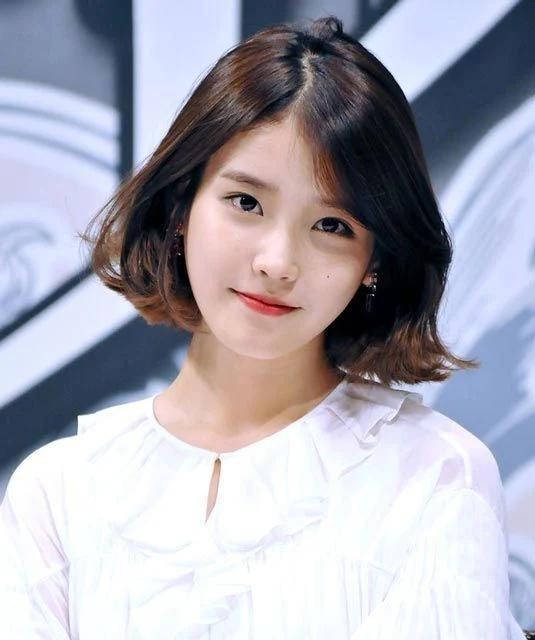 Lisa, Taeyeon và nhiều mỹ nhân Hàn chuộng làm tóc xoăn ngắn - Ảnh 10