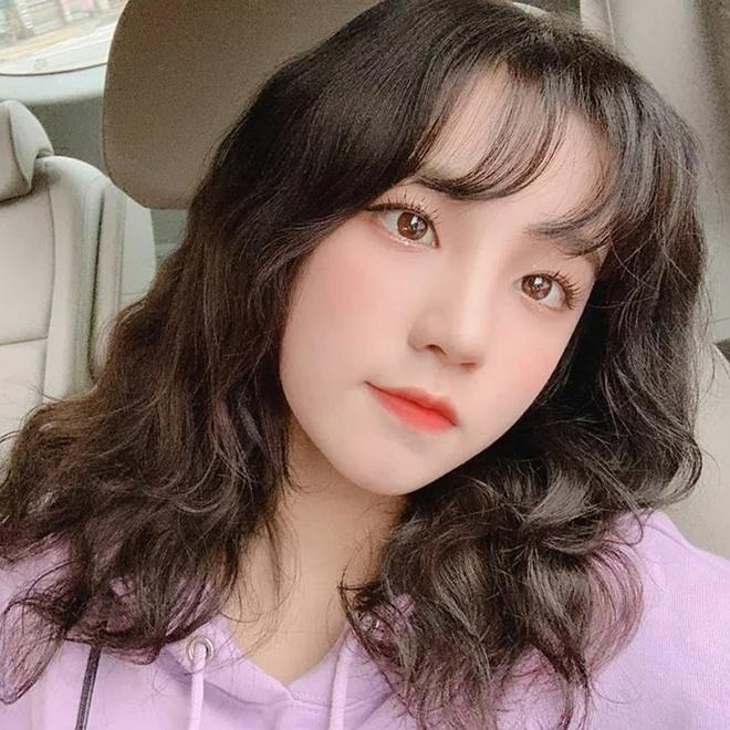 Lisa, Taeyeon và nhiều mỹ nhân Hàn chuộng làm tóc xoăn ngắn - Ảnh 3