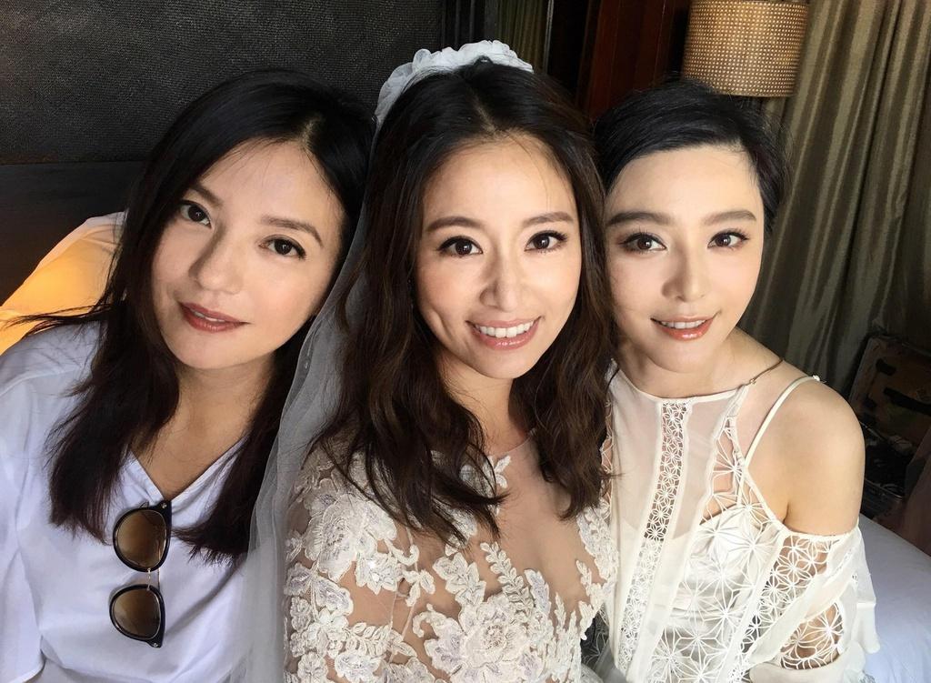 Số phận xoay chiều của bộ ba nữ chính 'Hoàn Châu cách cách' sau 23 năm - Ảnh 1