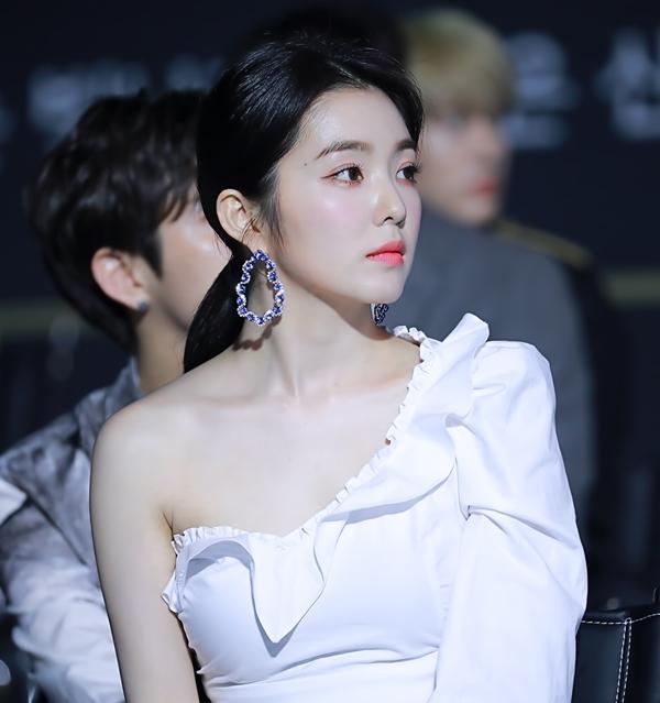 Loạt fansite 'xả' ảnh đẹp long lanh nhân dịp sinh nhật Irene - Ảnh 1