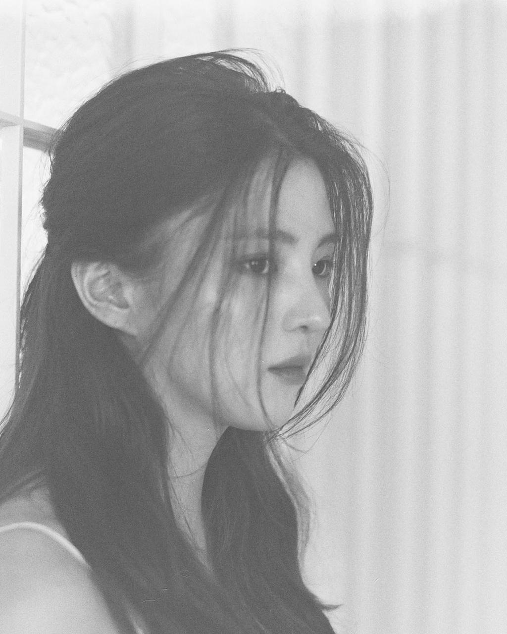 'Tiểu Song Hye Kyo' lộ ảnh ăn chơi, nổi loạn trong quá khứ - Ảnh 8