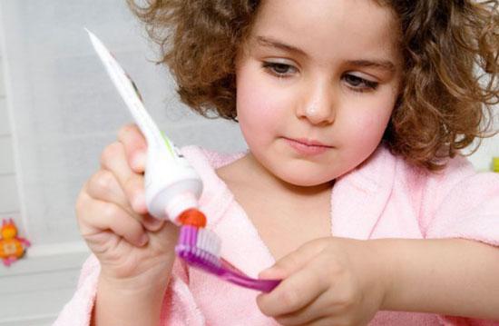 Bật mí cho cha mẹ 6 cách để con có hàm răng đều, không khấp khểnh, hô móm - Ảnh 2