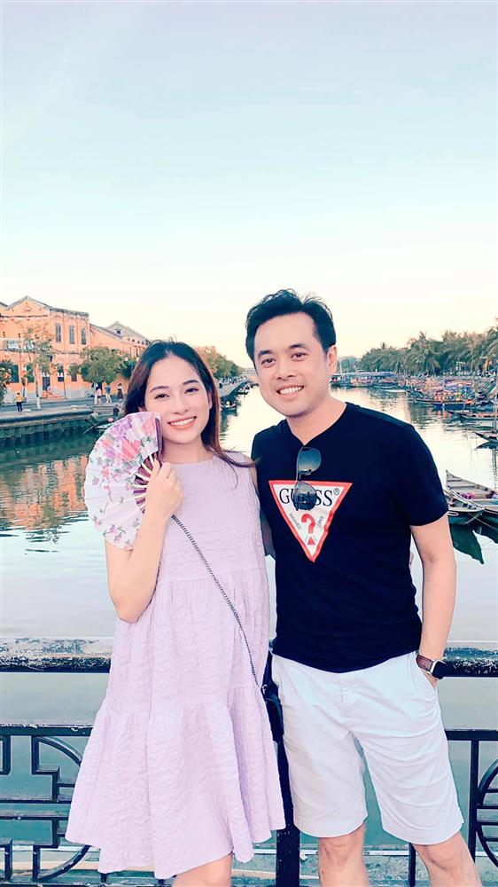 Hé lộ giới tính những cặp song thai chuẩn bị chào đời của showbiz Việt - Ảnh 1