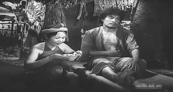 Chí Phèo -Thanh Bạch và câu chuyện về con dao, người buông người cầm, đâu mới là tình yêu? - Ảnh 3