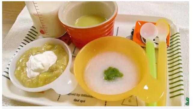 Thêm muối vào đồ ăn bổ sung của trẻ gây hại sức khỏe thể nào? - Ảnh 2