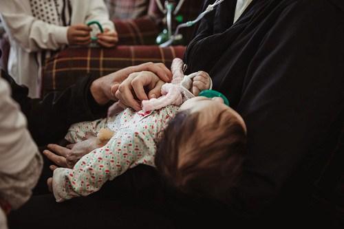 Mẹ bầu mắc Covid-19 rơi vào hôn mê, tỉnh dậy con đã gần 3 tháng tuổi - Ảnh 2