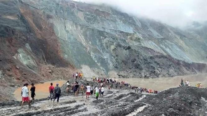 Lở đất mỏ ngọc bích Myanmar: 162 người chết, nhân viên cứu hộ chỉ chờ vớt xác - Ảnh 1