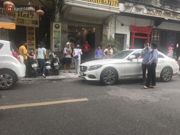 Lưu Đê Ly và antifan ẩu đả, giật tóc trên phố Hàng Buồm: Công an vào cuộc, nhân chứng tường trình - Ảnh 2