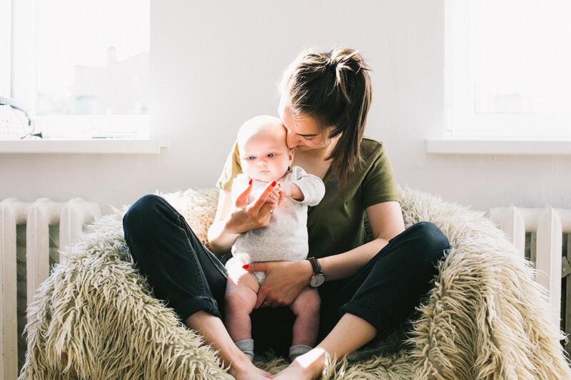 Cách chăm sóc trẻ sơ sinh từ 0 đến 6 tháng tuổi - Ảnh 2