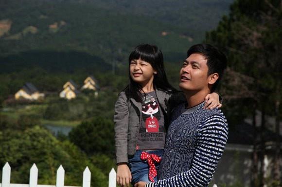 Con gái MC Phan Anh cao nổi bật, có tố chất người mẫu ở tuổi 14 - Ảnh 1