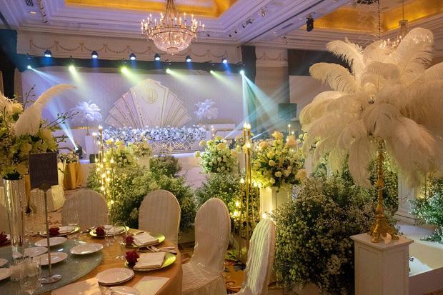 Toàn cảnh lễ ăn hỏi Công Phượng: Khách sạn đắt nhất Sài Gòn, chi phí tiệc 3 triệu/người - Ảnh 3