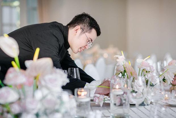 Toàn cảnh lễ ăn hỏi Công Phượng: Khách sạn đắt nhất Sài Gòn, chi phí tiệc 3 triệu/người - Ảnh 4