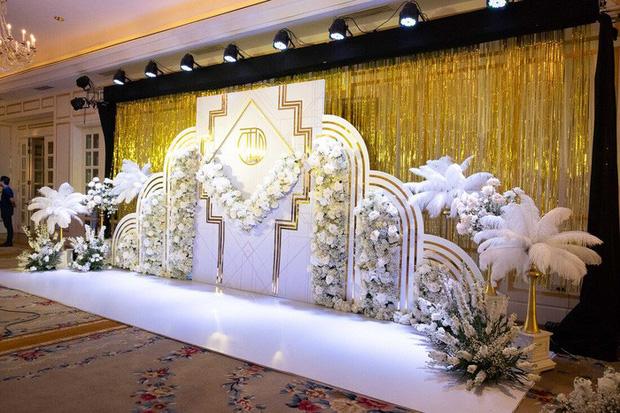 Toàn cảnh lễ ăn hỏi Công Phượng: Khách sạn đắt nhất Sài Gòn, chi phí tiệc 3 triệu/người - Ảnh 5