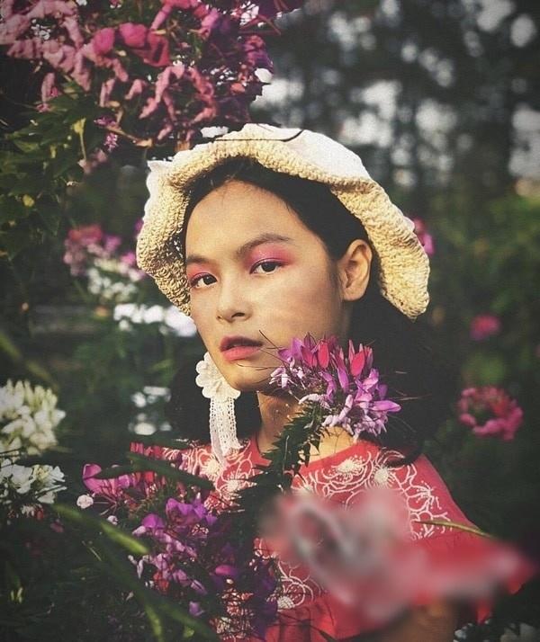 Con gái MC Phan Anh cao nổi bật, có tố chất người mẫu ở tuổi 14 - Ảnh 8