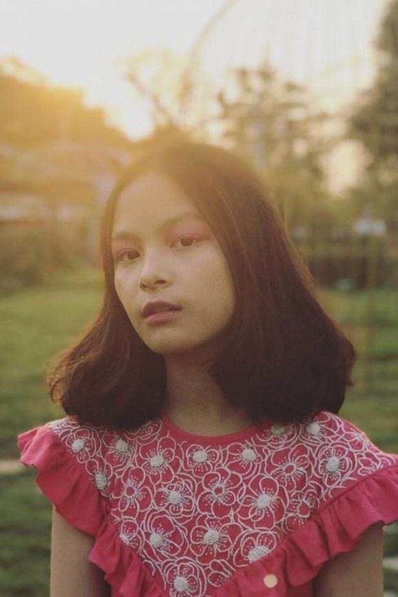 Con gái MC Phan Anh cao nổi bật, có tố chất người mẫu ở tuổi 14 - Ảnh 9