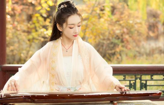 BXH nữ minh tinh Hoa Ngữ được yêu thích nhất tháng 5: Địch Lệ Nhiệt Ba dẫn đầu, Dương Tử chưa có phim ra mắt nhưng vẫn là Á quân - Ảnh 5