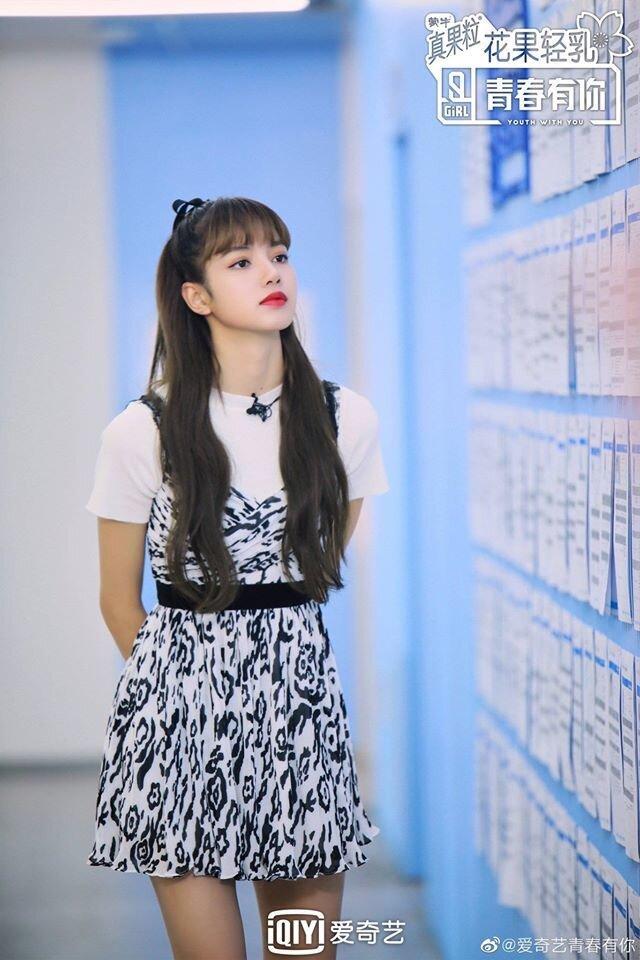 Từ ồn ào của Lisa (BlackPink), những bất lợi mà các idol ngoại quốc thường gặp phải là gì? - Ảnh 6