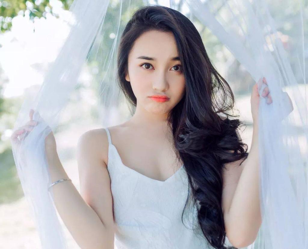 Dàn hot girl Trung Quốc khoe nhan sắc 'băng thanh, ngọc khiết' gây sốt - Ảnh 9