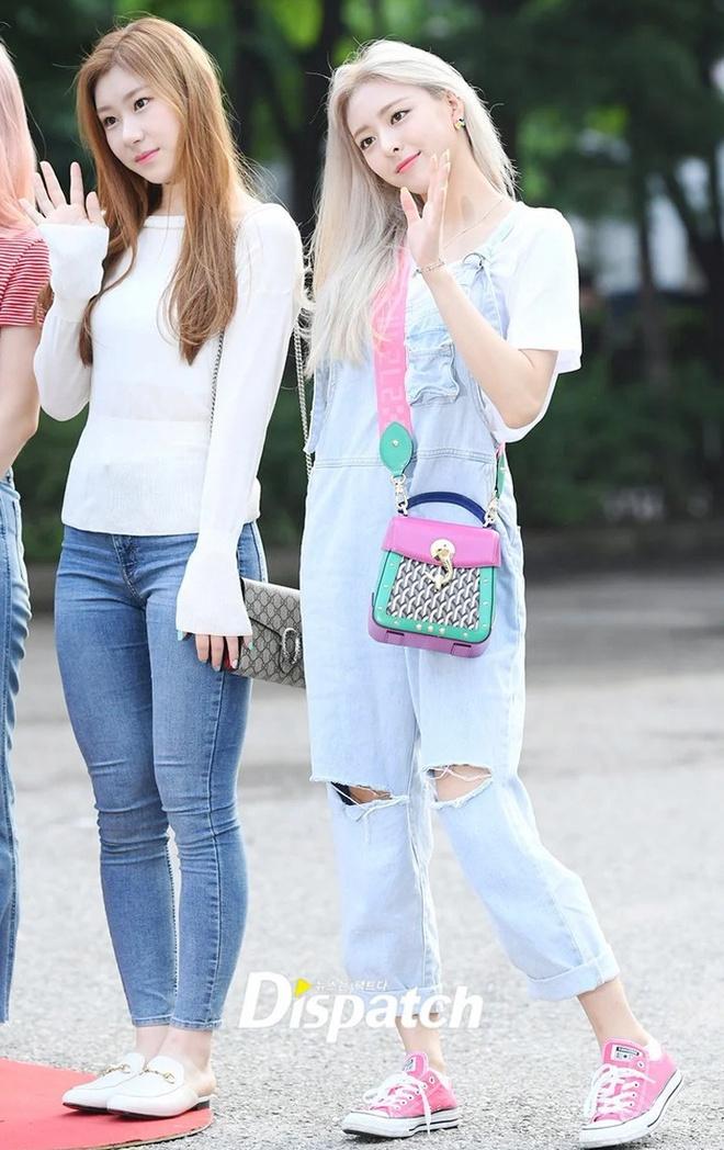Đây là kiểu quần được Taeyeon, Lisa và nhiều sao Hàn thích mặc - Ảnh 10