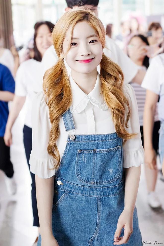Đây là kiểu quần được Taeyeon, Lisa và nhiều sao Hàn thích mặc - Ảnh 6
