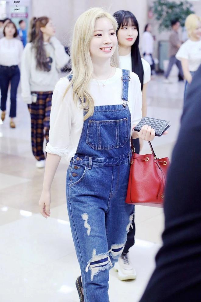 Đây là kiểu quần được Taeyeon, Lisa và nhiều sao Hàn thích mặc - Ảnh 7