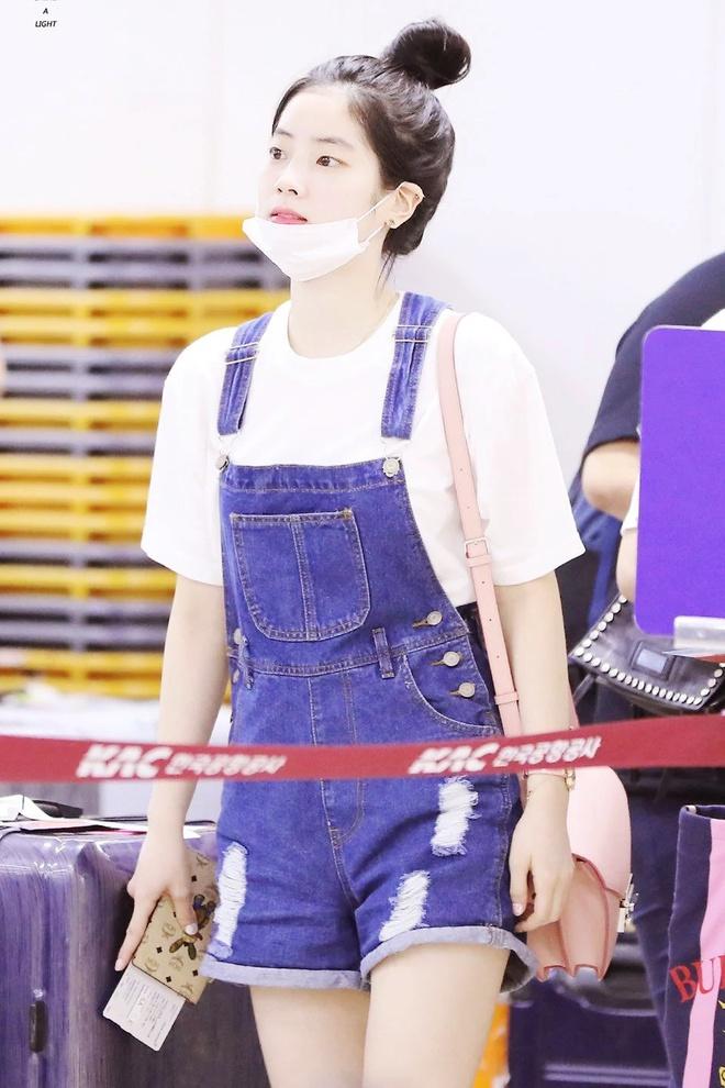 Đây là kiểu quần được Taeyeon, Lisa và nhiều sao Hàn thích mặc - Ảnh 8