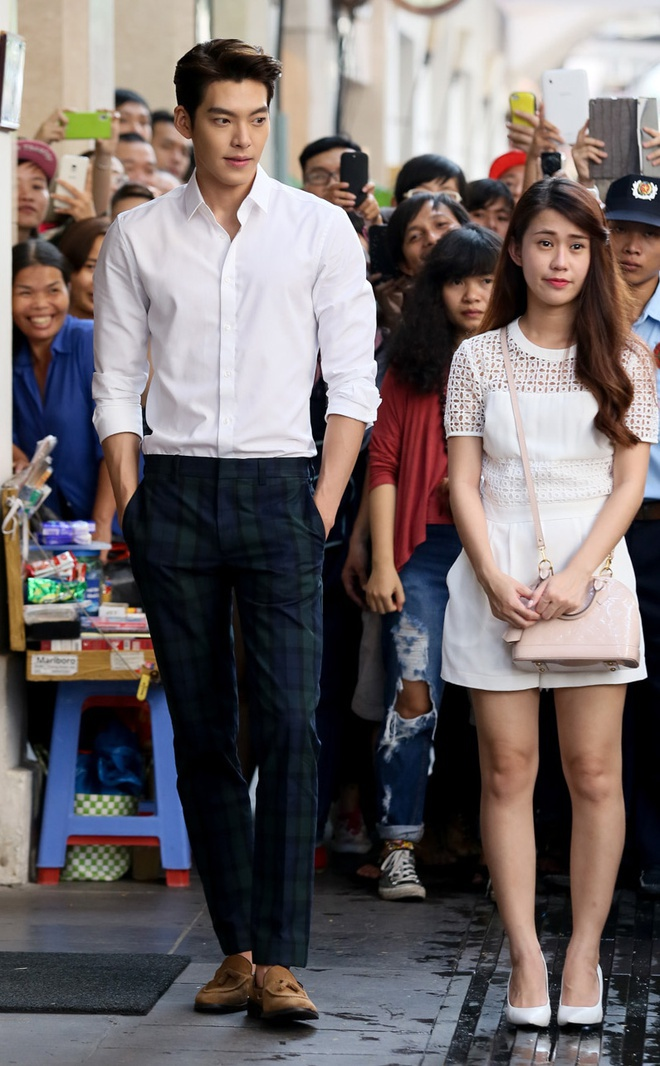 Lee Min Ho và những sao nam có chiều cao trên 1,85 m của showbiz Hàn - Ảnh 9