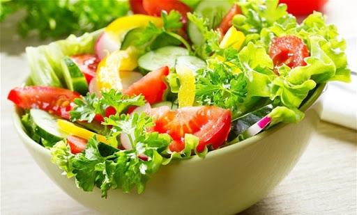 6 sai lầm khi chế biến rau khiến món ăn hết chất dinh dưỡng, nhạt toẹt chẳng ai buồn gắp - Ảnh 2