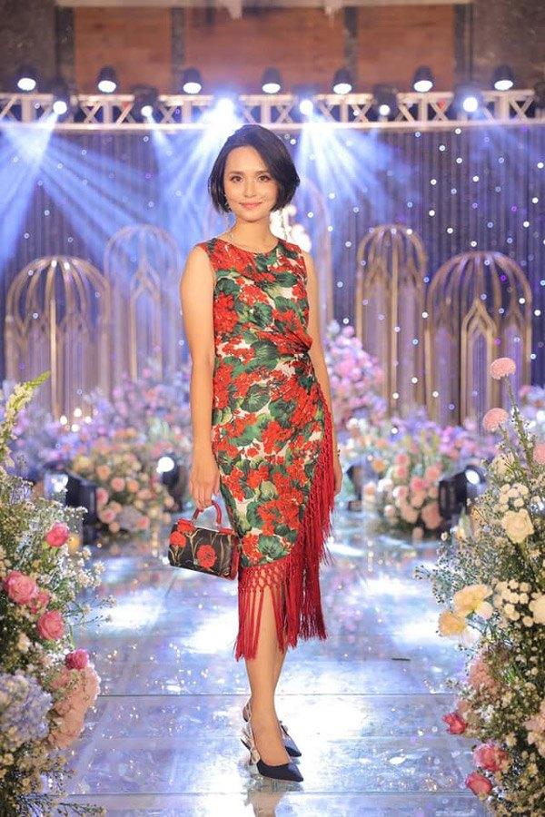 Chị gái công chúa béo Quỳnh Anh ăn mặc sang chảnh, túi Hermes nhiều hơn cả em gái - Ảnh 9