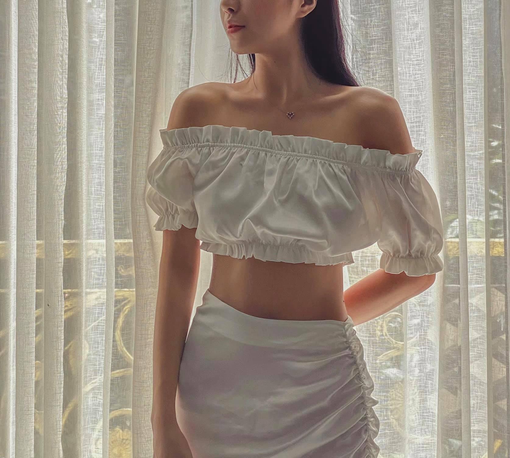 Hot girl Hải Phòng khoe vòng eo cực thon khiến dân tình trầm trồ - Ảnh 8
