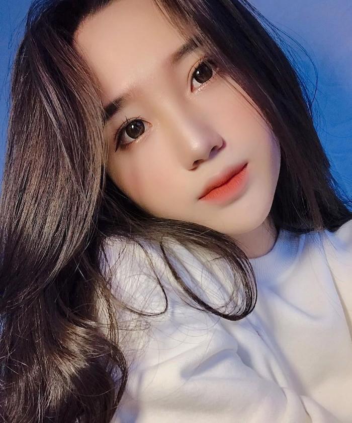 Dàn hot girl Đà Nẵng 'làm trùm' MXH thời gian qua là ai? - Ảnh 12