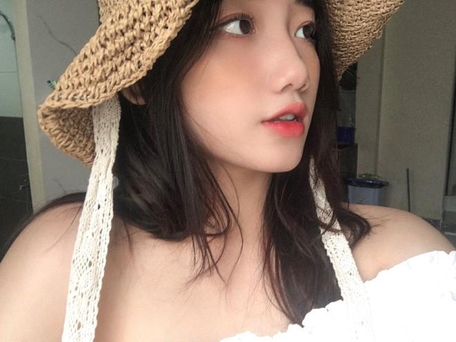 Dàn hot girl Đà Nẵng 'làm trùm' MXH thời gian qua là ai? - Ảnh 4
