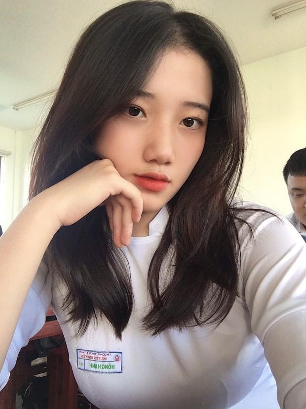 Dàn hot girl Đà Nẵng 'làm trùm' MXH thời gian qua là ai? - Ảnh 5