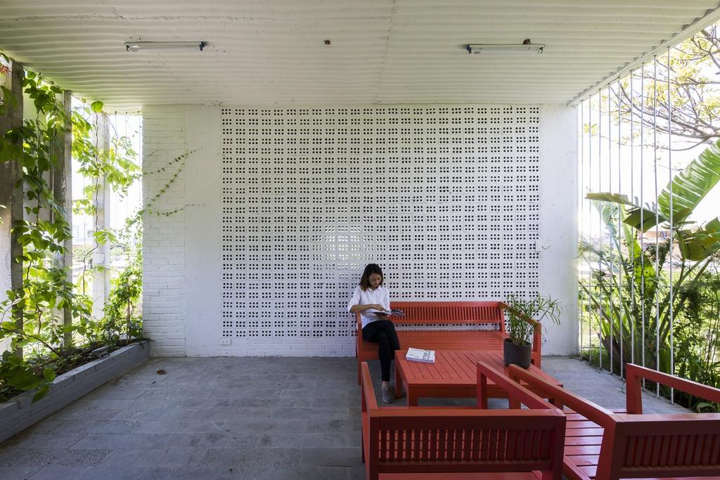 Tòa nhà văn phòng gợi nhớ về tuổi thơ ở làng quê - Ảnh 7