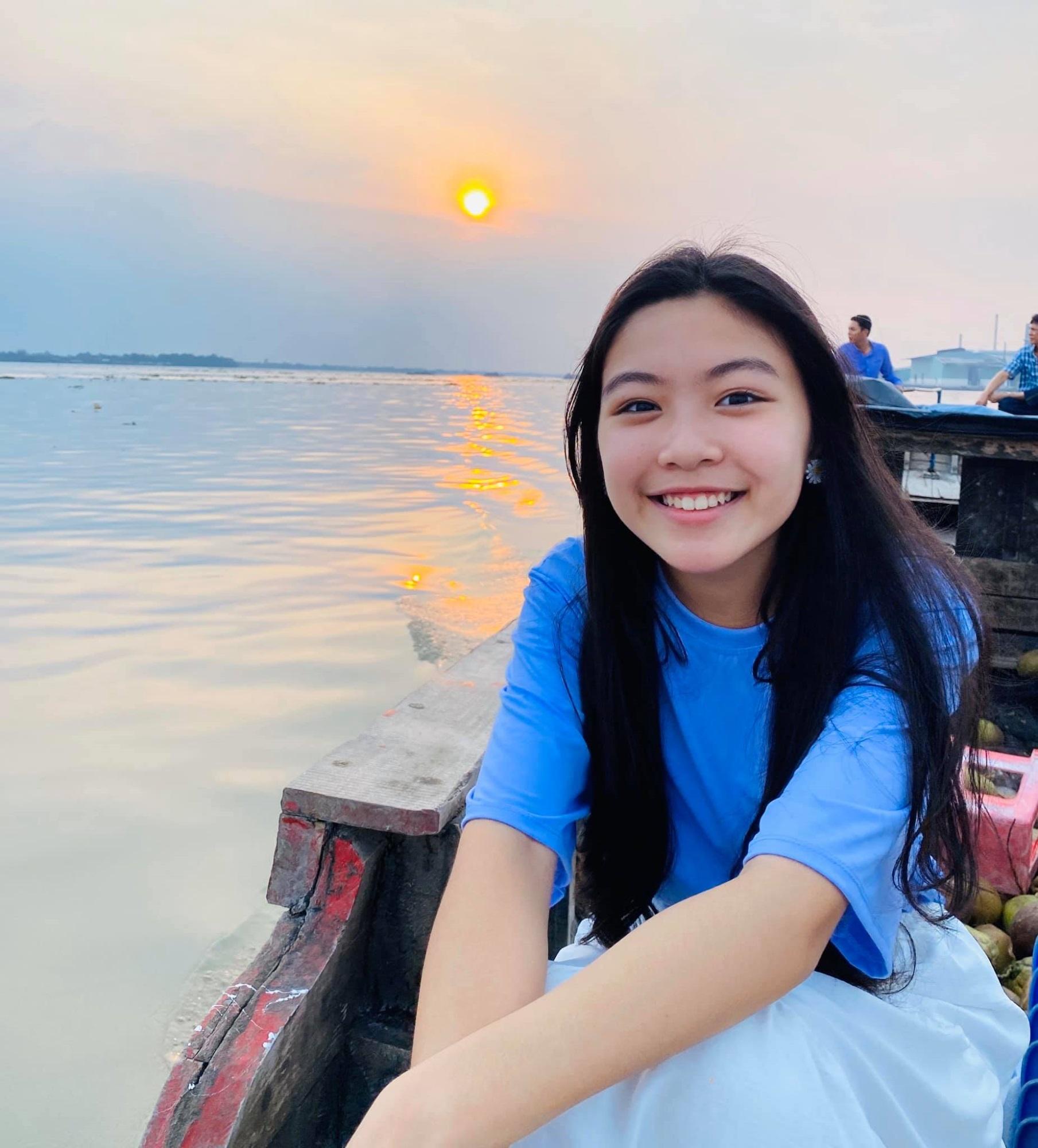 MC Quyền Linh chia sẻ hình ảnh ngày ấy - bây giờ của bé Lọ Lem, nhân dịp sinh nhật 14 tuổi - Ảnh 5
