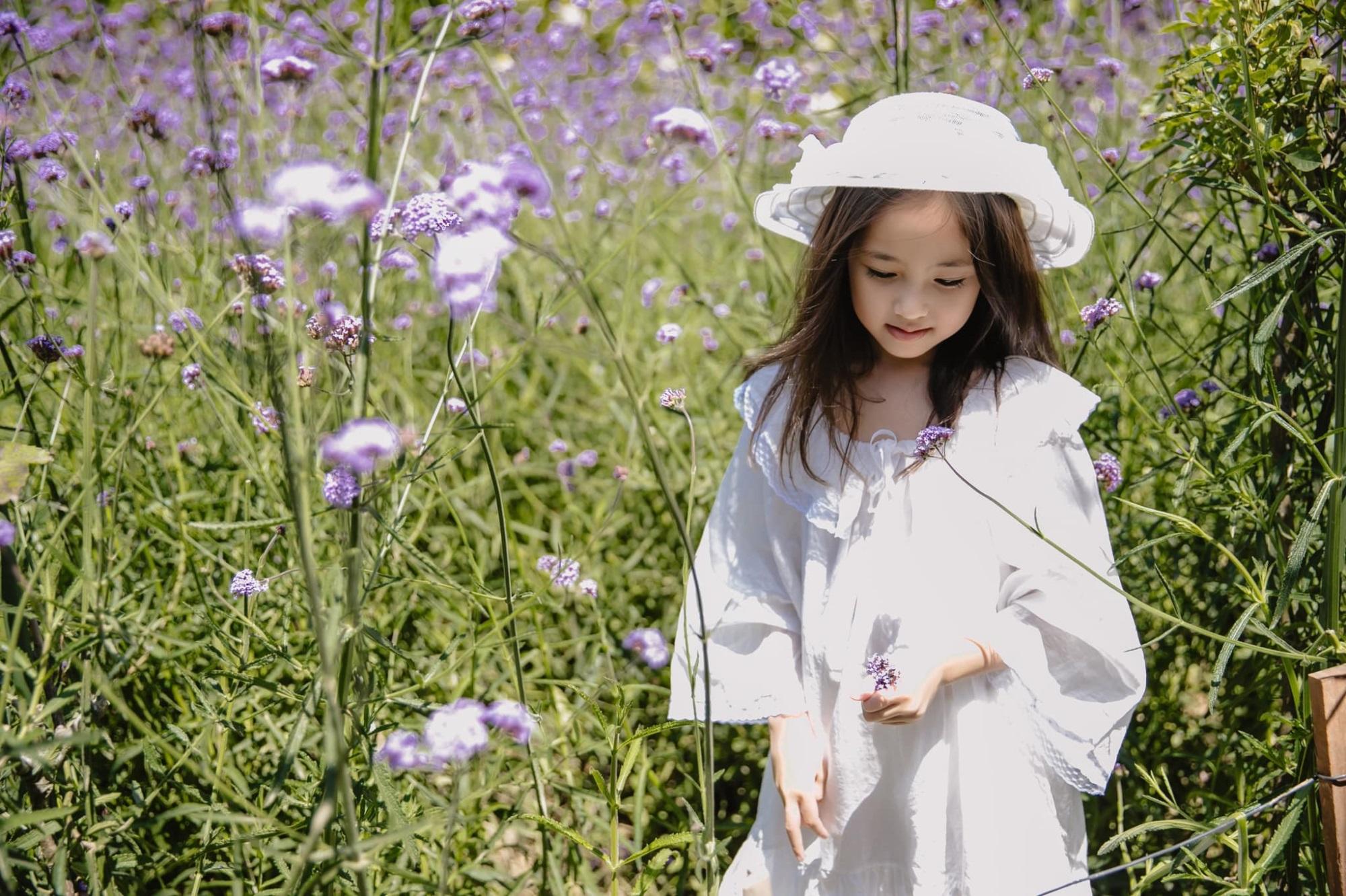 """Không hổ danh con gái Hoa hậu, công chúa nhỏ của Hà Kiều Anh sở hữu """"gen đẹp"""" của mẹ, càng lớn càng lộ khí chất đại mỹ nhân - Ảnh 6"""