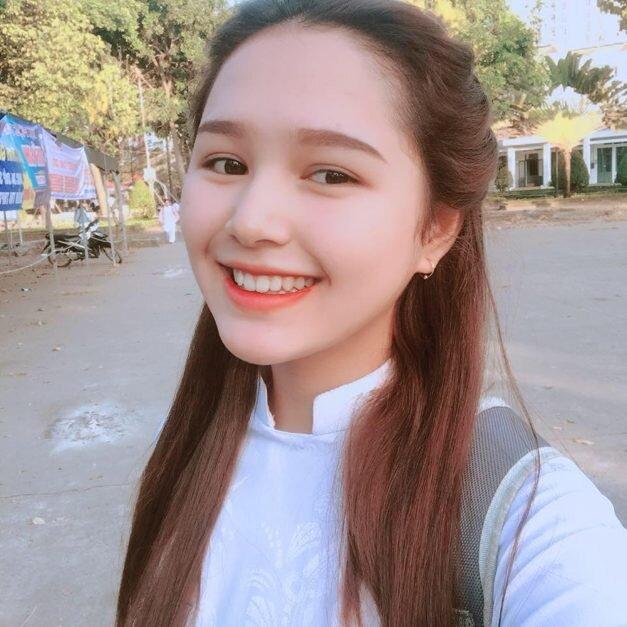 Ngắm nhan sắc 'cực phẩm' dàn hotboy, hotgirl Việt là 'anh em thất lạc' của sao Hàn Quốc - Ảnh 9